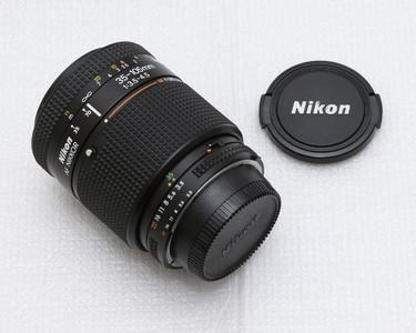 尼康二代自动聚焦35-105mmF3.5-4.5变焦镜头