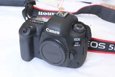 出一台佳能 EOS 5D Mark IV