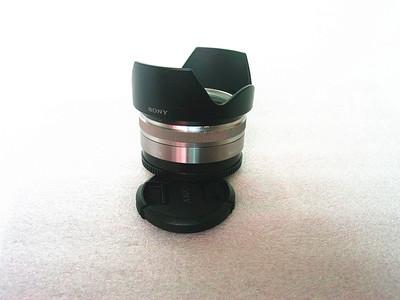 索尼 16mm f/2.8 E