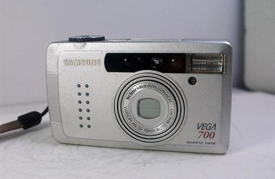 三星VEGA700【SAMSUNG】 自动胶片照相机(35--70mm)