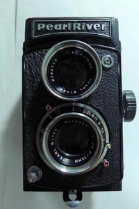 库存未用(箱说全98新左右)珠江4型120双反照相机