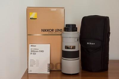 Nikon  AF-S  300mm F/4D ED