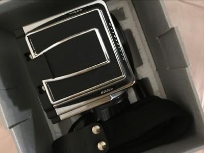 Hasselblad 哈苏503CW机身+A12+150CFI镜头 带盒98成新