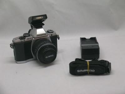 出售 98新 奥林巴斯 E-M5带14-42 二代头 请看图片