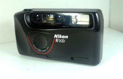 尼康 全自动胶片机(Nikon  AF200 ---34mm定焦)