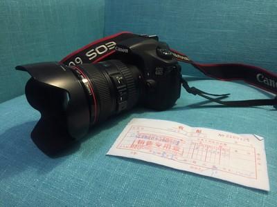 个人闲置佳能 60D,EF24-105 F4.0镜头。