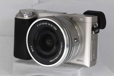 索尼 ILCE-6000+E16-50/3.5-5.6/PZ OSS 套机(NO:0549.9264)