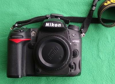 出自用尼康 D7000相机一部,成色95新
