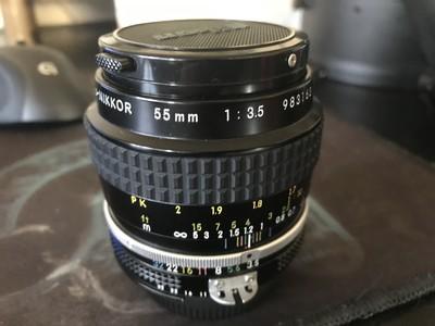 出售尼康经典 55  F3.5 微距头一支