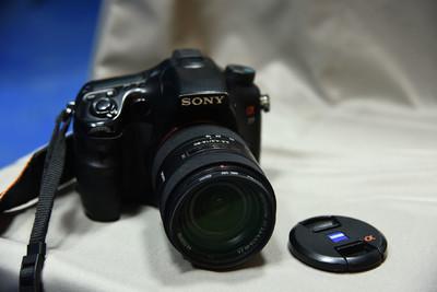 索尼 A77 16-80镜头 原装手柄 F56闪灯 套出