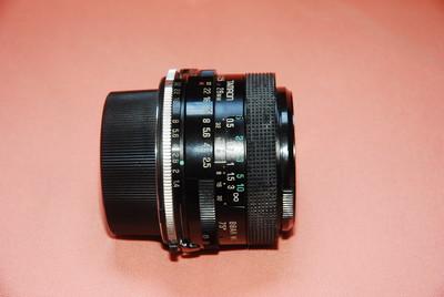 腾龙28mm/f2.5定焦镜头