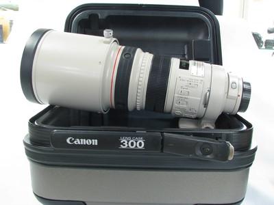 佳能 EF 300mm f/2.8L IS USM97新带箱子