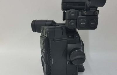 佳能 EOS C300 Mark II 出一台几乎全新的佳能C300二代摄像机!
