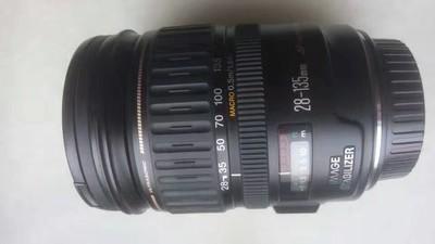 佳能 EF 28-135mm f/3.5-5.6 IS USM