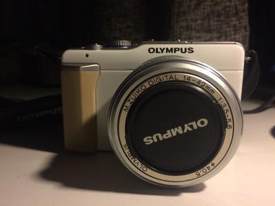 奥林巴斯 E-PL1 14-42mm镜头套机