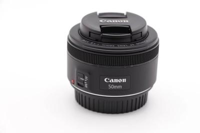 佳能 EF 50mm f/1.8 STM