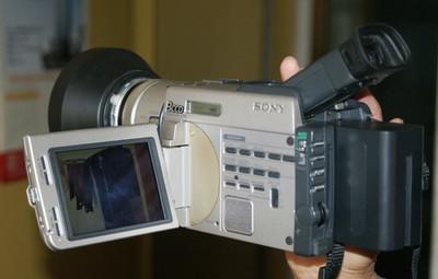 索尼DCR-9000E摄像机
