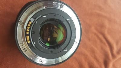 95新佳能17-35EF2.8镜头。带原装遮光罩