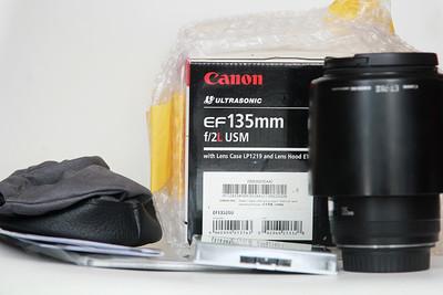 出佳能EF 135mm f/2L j镜头箱说保卡齐全135L