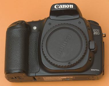 千亿国际娱乐官网首页CANON EOS 20D相机820万中端数码单反专业相