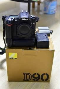 尼康经典D90相机