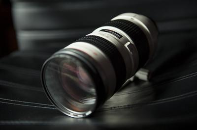 转自用佳能24-70MMF2.8L镜头及小白5D2