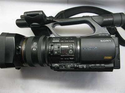 成色不错的索尼Z5C高清摄像机+记录单元(运行560H)