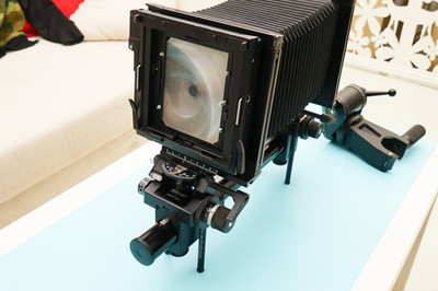 仙娜Sinar F2 4X5 单轨移轴大画幅相机,原装云台