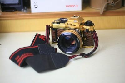 尼康 FA GOLD 限量版镀金蜥蜴皮相机 FA套机 胶片单反相机