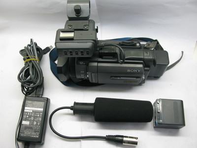 索尼DSR-PDX10摄像机+两电