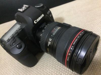 佳能 5D Mark II套机以及其它镜头配件等全套出手