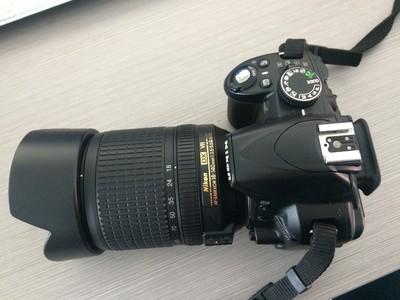 出售D3100套机,18-55镜头一个,附带尼康包一个