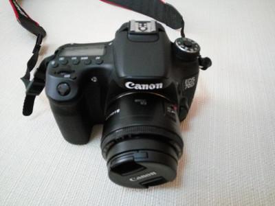 出售个人使用佳能70D相机配70-200 f4长焦镜头和佳能50F1.8STM镜头