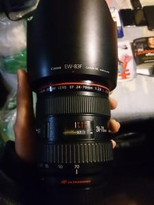 佳能 EF 24-70mm f/2.8L USM uz编号 箱说全
