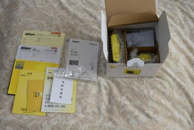Nikon 1 s2 纪念款式金黄色 配11-27.5镜头 配套纪念金黄皮套 全部全新