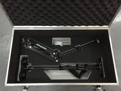 手持稳定器套装转让(稳定器+单臂+背心+保护箱)