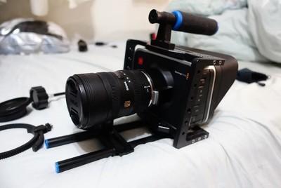 BMCC电影机 带2块定制外接电源 兔笼