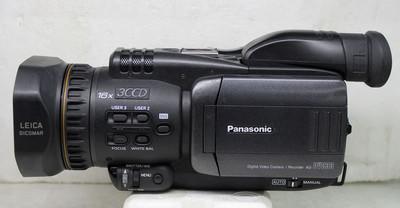 松下 DVC33 专业摄像机3CCD磁带摄像机 完美成色( 可置换回收)