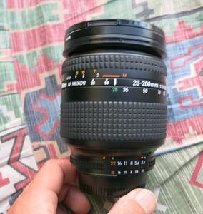Nikon F5 单反相机 尼康28-200镜头