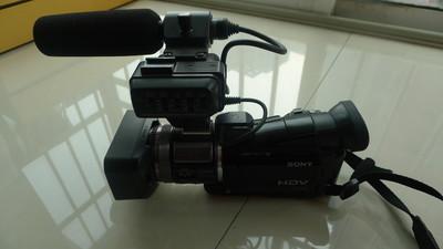 索尼 HVR-A1C