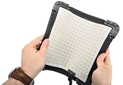 2016美国IBC可延展LED便携摄影灯V15-345(双色)