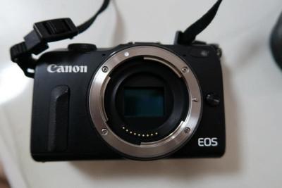 佳能 EOS M2 ,EF-M 18-55mm镜头