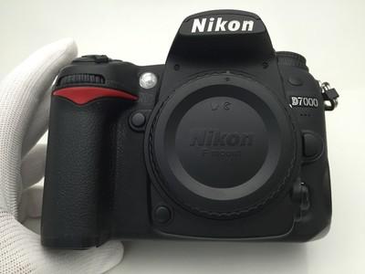 95新 尼康 D7000 专业单反相机 高性价比