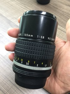 尼康 Nikkor AIS 135 2.8 手动对焦镜头