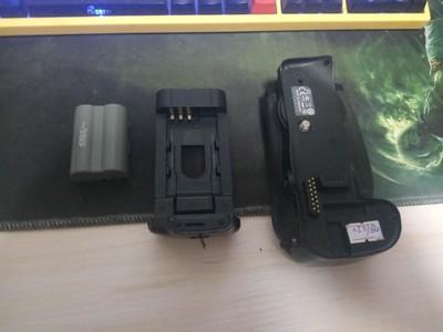 原厂尼康MB-D10手柄  D300 D700 D300S D700S 电池盒