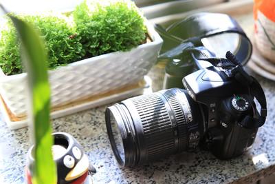 尼康 D90套机,及佳能长焦IS-S5低价出售