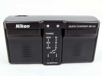 尼康D3,D3S,D3X用MH-22原装充电器