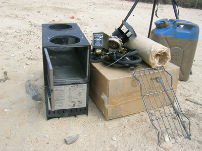 出全新美国军用------- 木柴、油两用取暖炉