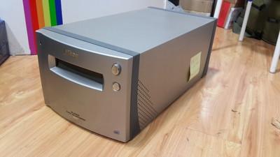 『摄影茄子』尼康顶级底片扫描仪  COOLSCAN 9000