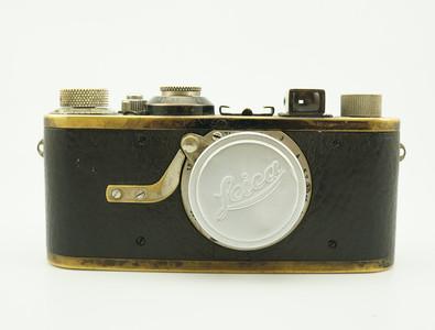 收藏品 LEICA第一台量產相機Ia黑漆帶ELMAR 50/